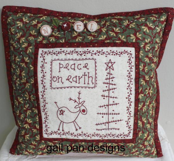 New Home Designs Latest December 2012: Gail Pan Designs: Free Reindeer Pattern