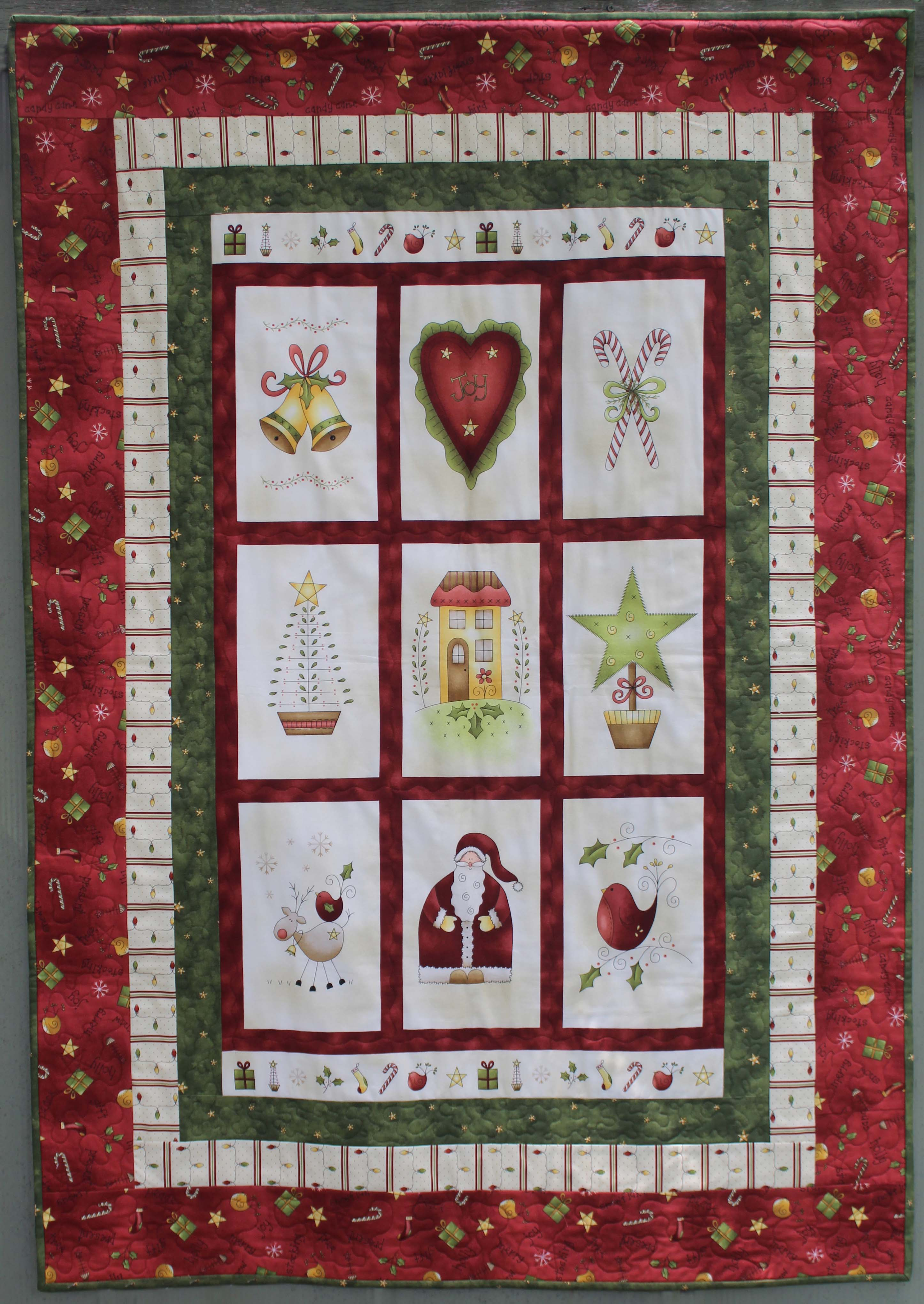 Free Christmas Quilt Patterns To Download.Gail Pan Designs